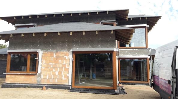 Szczelny montaż okien i szklenie przy pomocy mini-żurawia Gdynia Tczew