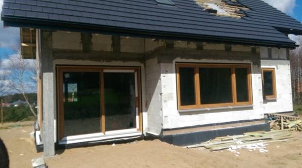 Montaż okien Vetrex V90+ w domu jednorodzinnym Gdynia Tczew